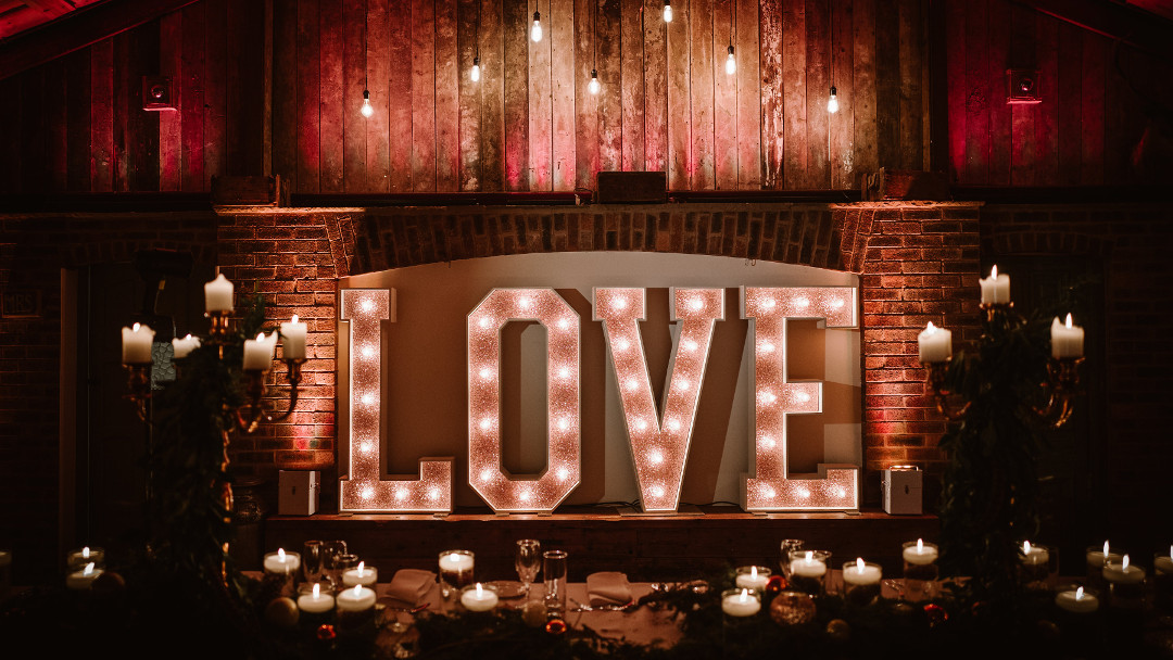 ROSE GOLD LIGHT UP LOVE LETTERS